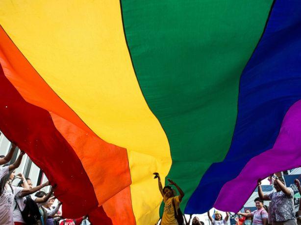 GTY-gay-pride-manila-6-jt-170625_4x3_992